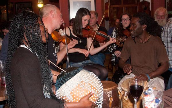 Drummers-Shetland-folk